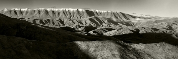 Black_White_Panorama_of_Mt_St_Bathans_St_Bathans_Range_Central_Otago