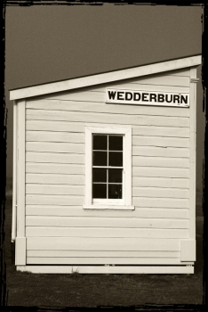Wedderburn_Railway_Station_ticket_office_last_remaining_Vogel_5_station_and_ticket_office_in_New_Zealand_on_the_Central_Otago_Rail_trail