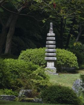 Kasuga_Lantern_Nitobe_Garden_Vancouver