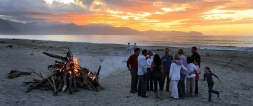 Ambience_Bonfire_party_on_beach_at_sunset_twilight_Soth_Westland_Tw_Wahi_Pounamu