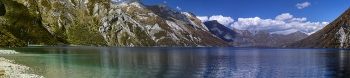 Photo_Photos_of_Pristine_Alpine_Lake_with_Crystal_Clear_Water_Lake_Lochnagar_Upper_Shotover_Valley_Central_Otago_New_Zealand
